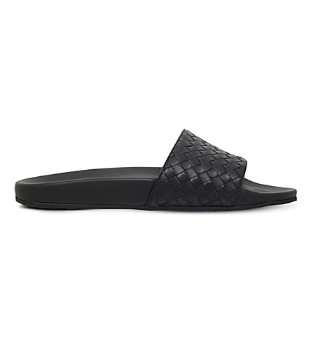 BOTTEGA VENETA Lake intrecciato leather slider sandals (Black