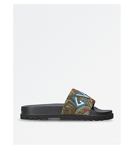 GUCCI Pursuit Trek floral-brocade sliders (Green