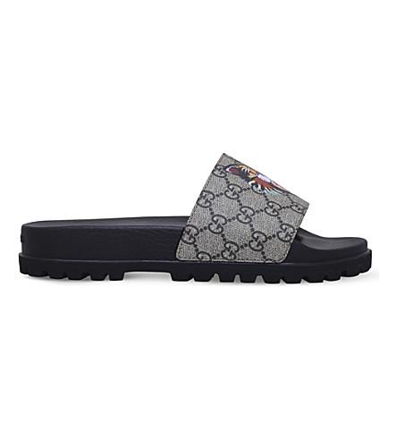 GUCCI Pursuit cat-print canvas slider sandals (Brown