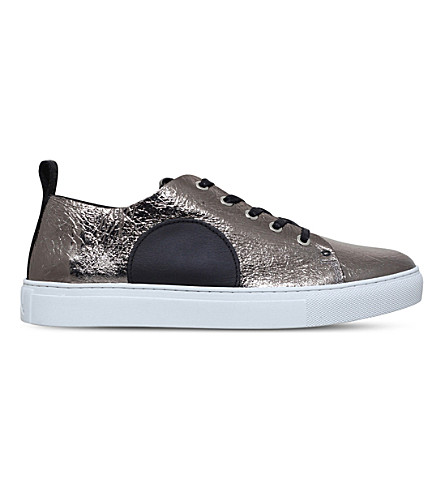 MCQ ALEXANDER MCQUEEN Chris metallic leather trainers (Silver+com