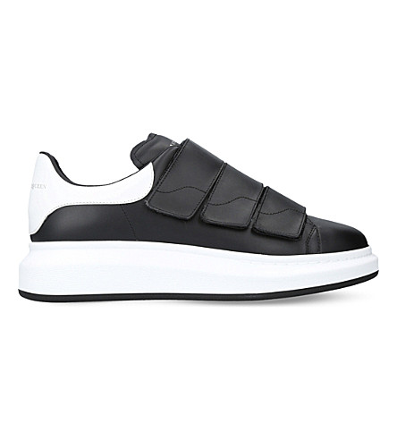 ALEXANDER MCQUEEN Show triple-strap leather trainers (Blk/white
