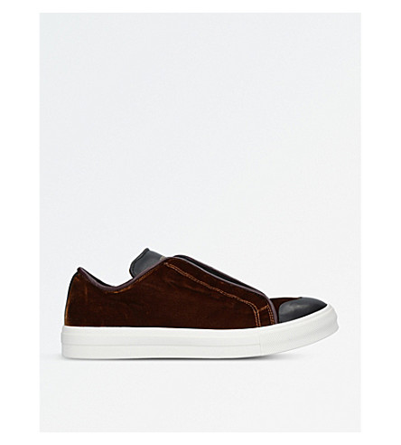 ALEXANDER MCQUEEN Velvet and leather trainers (Camel