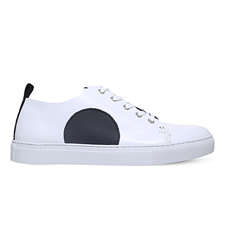 MCQ ALEXANDER MCQUEEN Chris leather trainers (White/blk