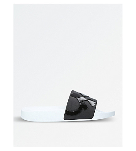 SALVATORE FERRAGAMO Gancho rubber slide sandals (Blk/white