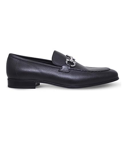 SALVATORE FERRAGAMO Flori pebbled-leather loafers (Dark+brown