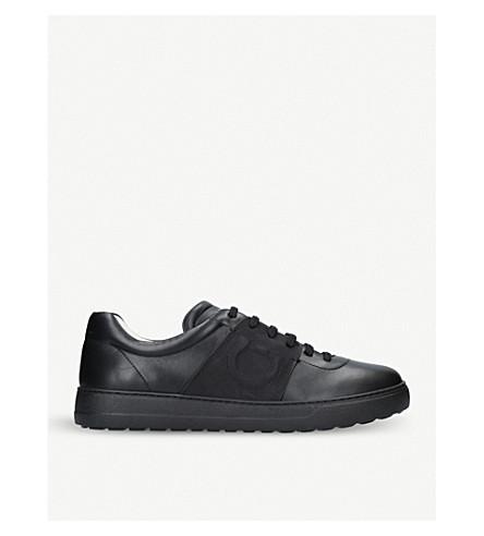 SALVATORE FERRAGAMO 混血儿真皮运动鞋 (黑色