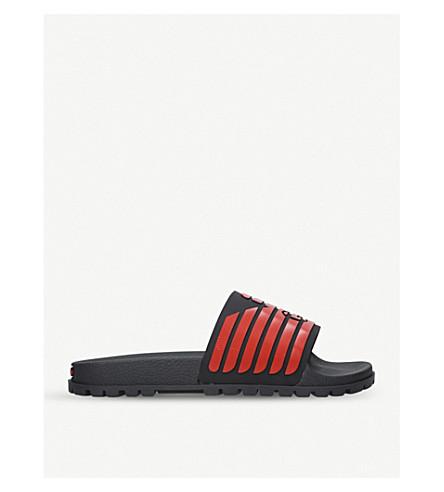 GIORGIO ARMANI Striped rubber sliders (Blk/red