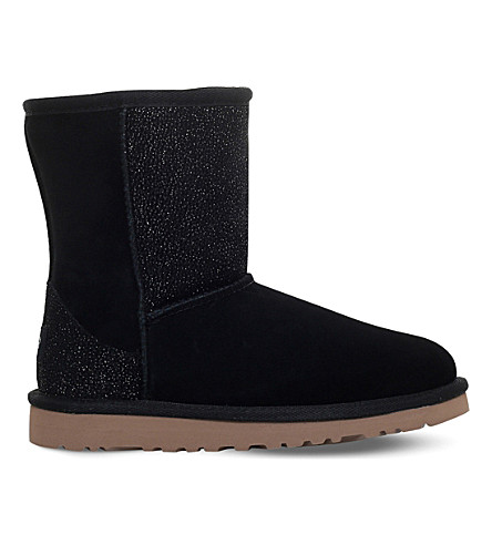 UGG Classic short serein boot 6-9 years (Black