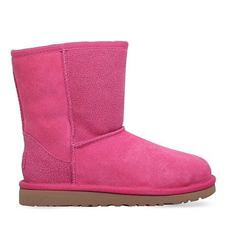 UGG Classic sheepskin boots 6-9 years (Pink