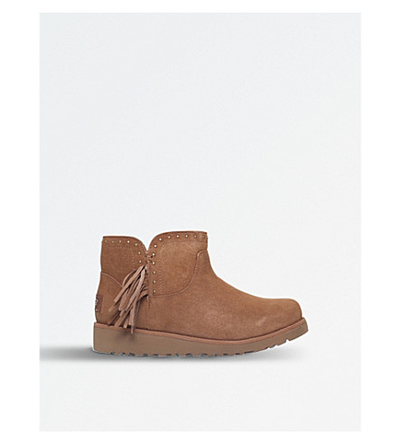 UGG Cindy sheepskin boots (Brown