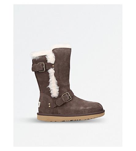 UGG Mini Magda buckle-detail sheepskin boots (Dark+brown