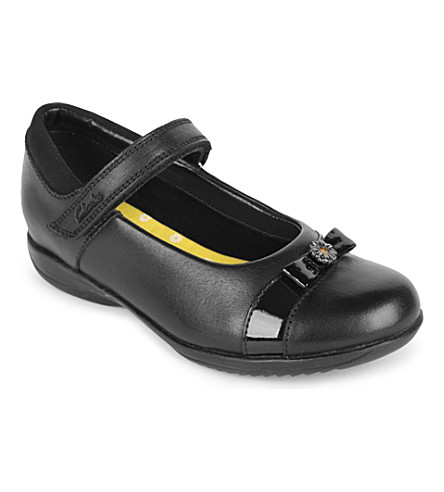 CLARKS Daisy locket matte leather shoes 6- 7 years (Black