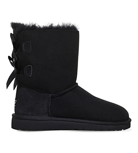 UGG Bailey bow sheepskin boots 6-9 years (Black
