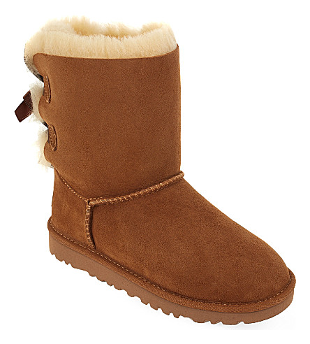 UGG Bailey bow boots 6-9 years (Brown