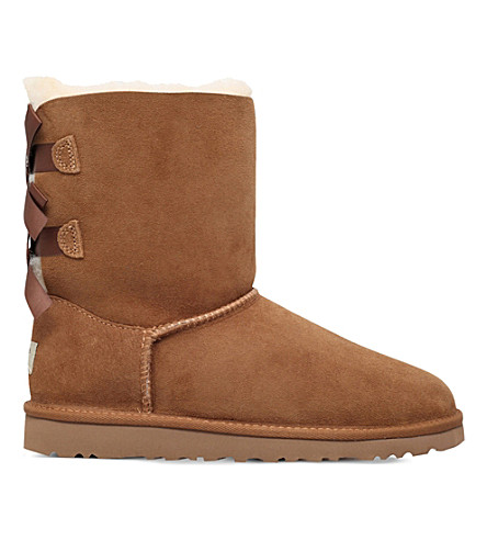 UGG Bailey Bow sheepskin boots 8-10 years (Brown