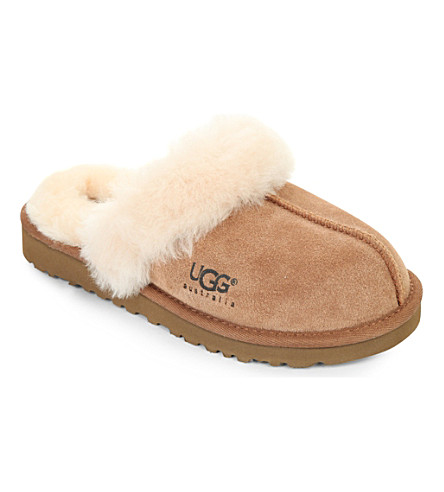 UGG Cozy sheepskin slippers 6-10 years (Brown