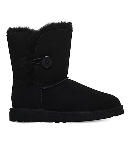 UGG Bailey button sheepskin boots 6-9 years (Black