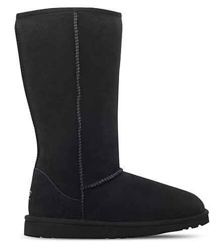 UGG Classic tall sheepskin boots 8-10 years (Black