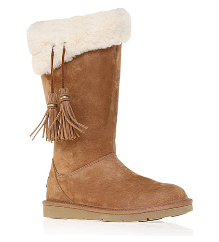UGG Plumdale sheepskin boots (Brown