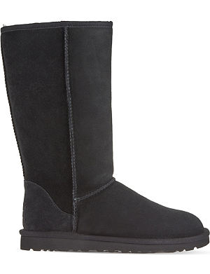 UGG Classic Tall sheepskin boots