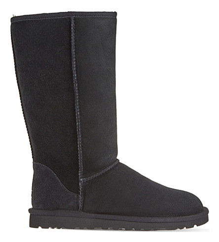 UGG Classic Tall sheepskin boots (Black