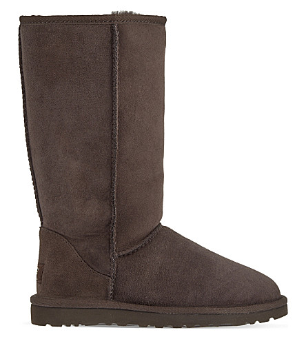 UGG Classic Tall sheepskin boots (Dark+brown