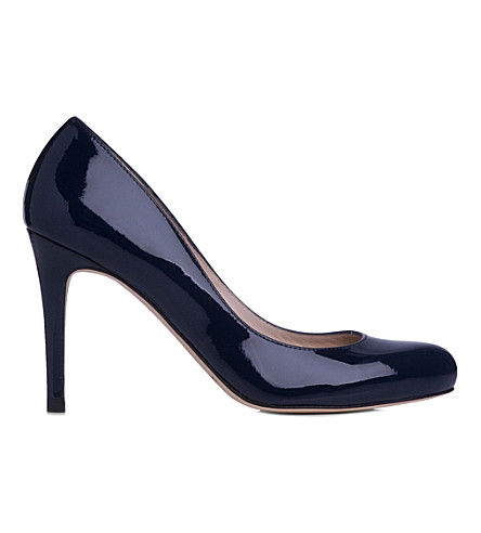 LK BENNETT Stila patent leather courts (Blu-navy