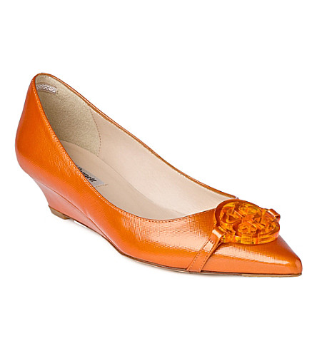 LK BENNETT Taylor patent leather wedge courts (Ora-tangerine