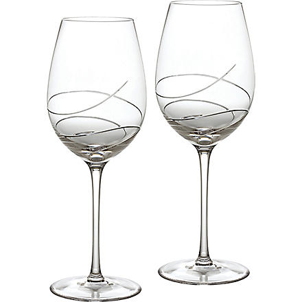 WATERFORD Pair of ballet ribbon red wine glasses