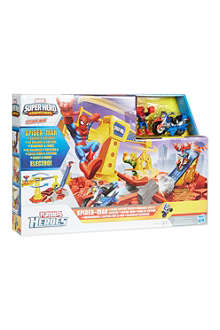 SUPER HEROES Crane Capture Track