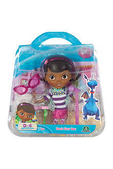 DOC MCSTUFFINS Character doll and accessory set