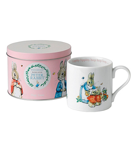 WEDGWOOD Peter Rabbit mug in tin