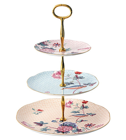 WEDGWOOD Cuckoo three-tier china cake stand