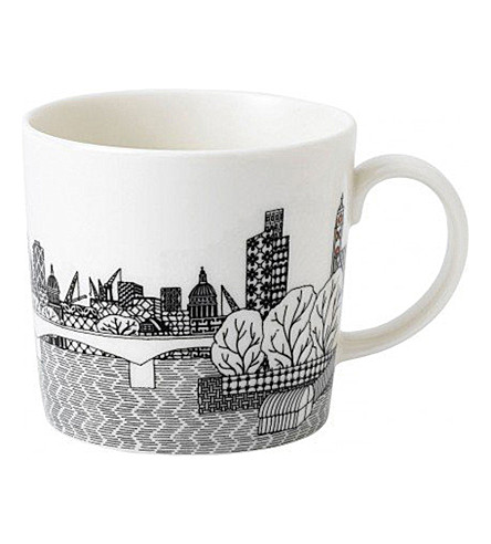 ROYAL DOULTON Charlene Mullen London Bridge Mug
