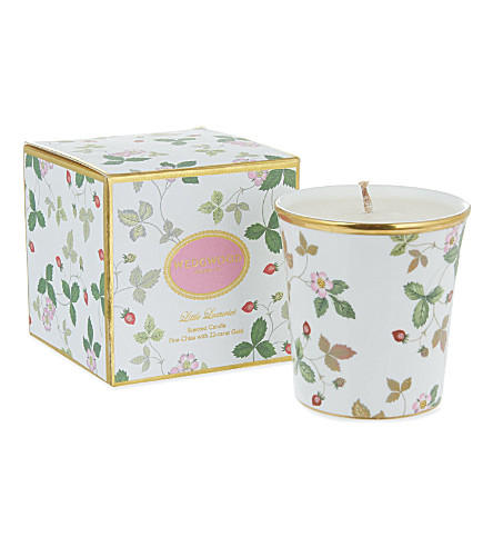 WEDGWOOD Strawberry & vanilla candle with 22-karat holder