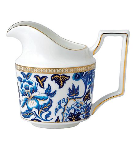 WEDGWOOD Hibiscus cream jug