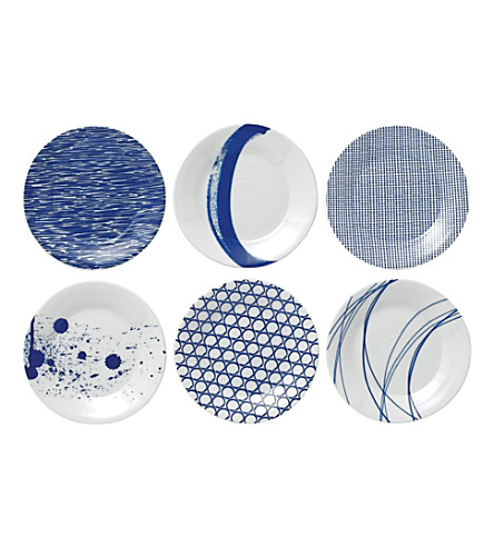 ROYAL DOULTON Pacific patterned tapas plate set