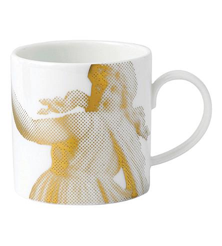 WEDGWOOD The lovers gilded muse china mug