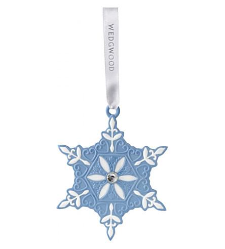 WEDGWOOD Small porcelain snowflake hanging decoration