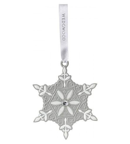 WEDGWOOD Small porcelain snowflake hanging decoration