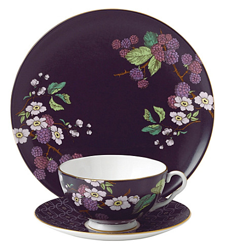 WEDGWOOD Blackberry tea garden 3-piece china set