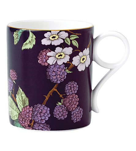 WEDGWOOD Blackberry tea garden china mug