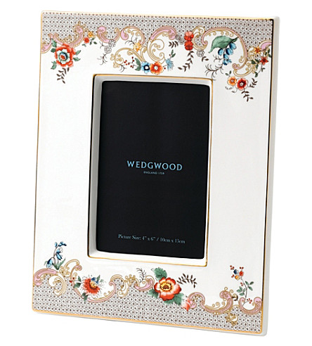 WEDGWOOD Wonderlust Rococo Flowers china photo frame