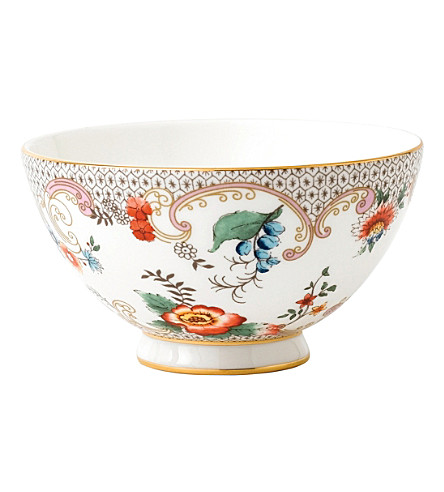 WEDGWOOD Wonderlust Rococo Flowers china gift bowl