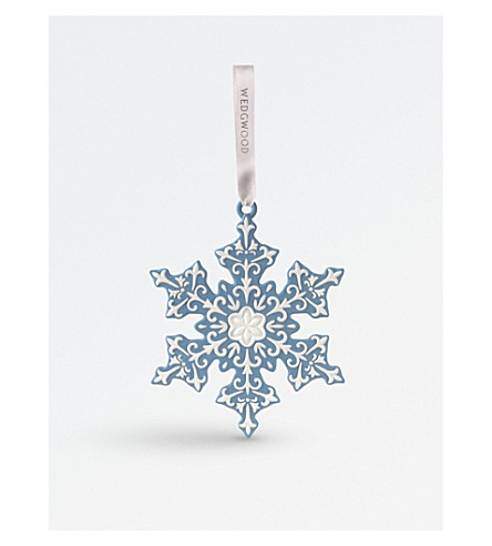 WEDGWOOD 'Large Snowflake' porcelain tree decoration
