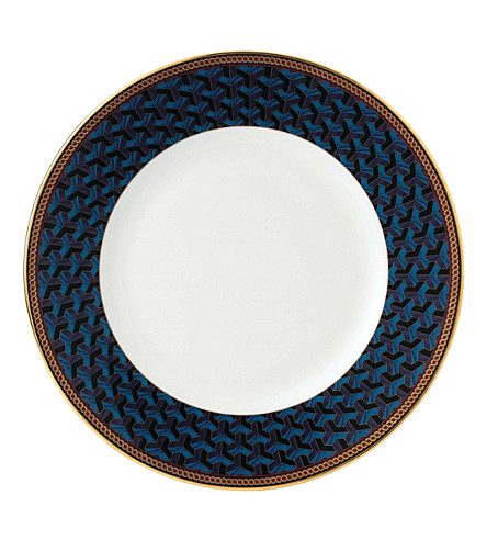 WEDGWOOD Byzance fine bone china and 22ct gold plate 27cm