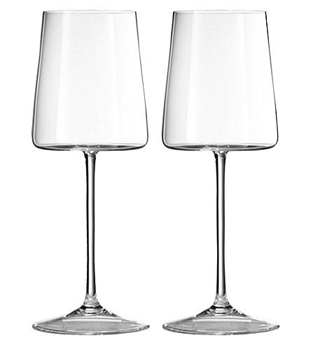 VERA WANG @ WEDGWOOD Metropolitan crystalline set of two wine glasses