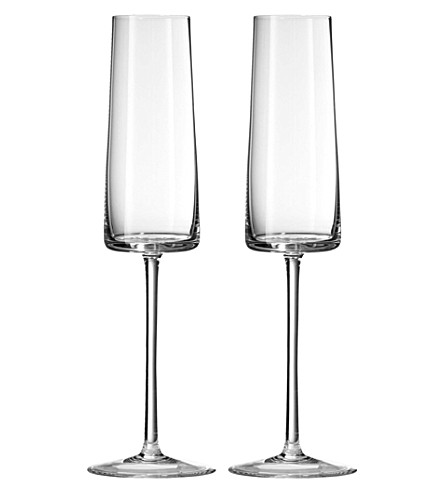 VERA WANG @ WEDGWOOD Metropolitan crystalline set of two champagne flutes