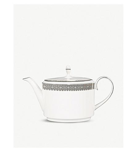 VERA WANG @ WEDGWOOD 蕾丝白金茶壶