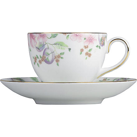 WEDGWOOD Sweet Plum tea saucer